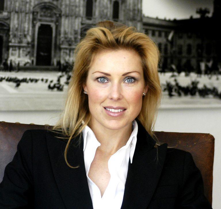 Porträttbild av Jessica Löfström