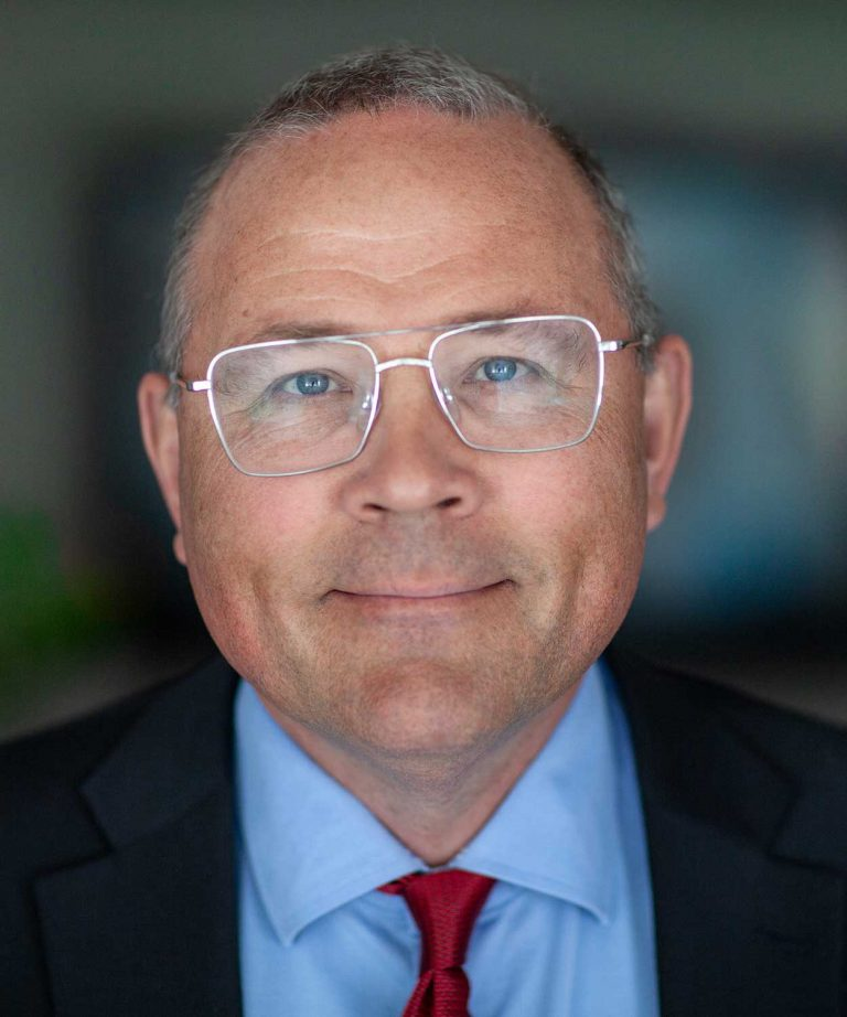 Porträttbild av Håkan Buskhe